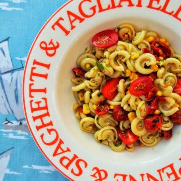 https://www.tinnedtomatoes.com/2014/07/weeknight-pasta-in-flash.html