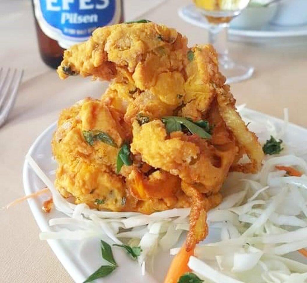 freshly made onion bhajis